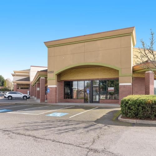 Space available in Tigard shopping center