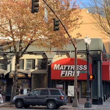 Well-located retail store space in Portland's CBD