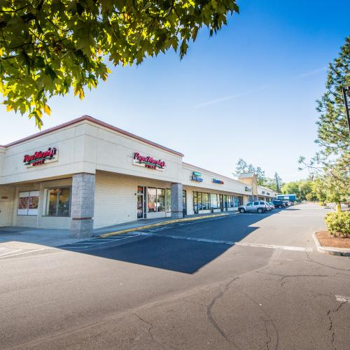 Retail center in the heart of Damascus, Oregon with ample parking and a strong tenant mix.